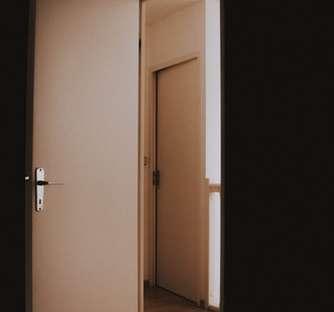 A porta está aberta