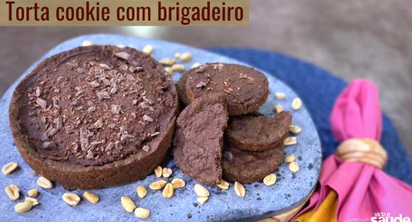Receita: Torta Cookie com Brigadeiro